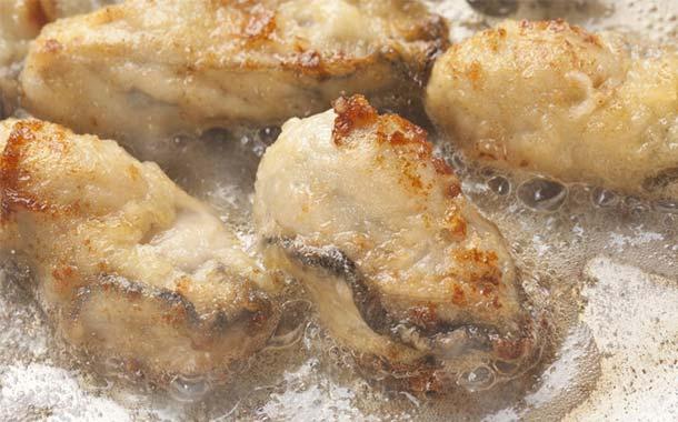 2Lサイズ!大粒の広島県産「牡蠣」なんと2kgの大容量!