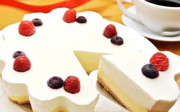 送料無料!カットするとハートになる!幸せのダブルチーズケーキ