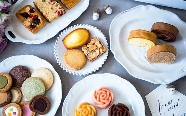 堂島ロール洋菓子アートコレクション。贅沢に詰め合わせしました